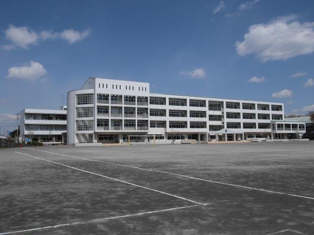 滑川町中学校